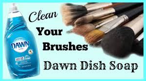 dawn diy makeup brush cleaner
