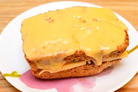 How to Make a Crab Melt Sandwich: 5 ...