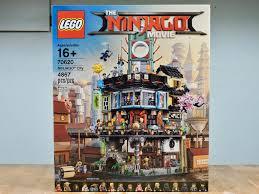 70620 Ninjago City (part 1: The Old World)