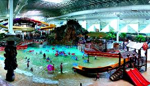 indoor water parks to visit during fall