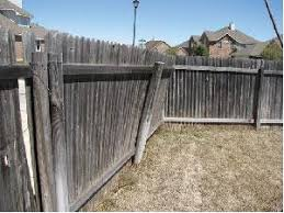 Fence Post Repair Guide Know When To Replace Or Mend Fence Daddy