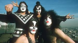 kiss wiped away their iconic face paint