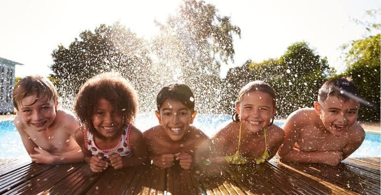 """Resultado de imagem para Cuidados básicos com as crianças no verão"""""""