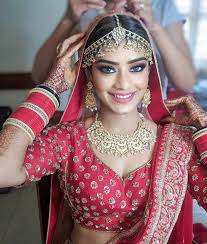 lipstick color to your bridal lehenga