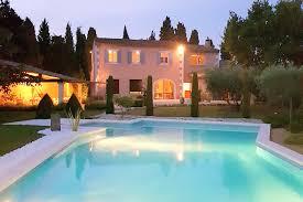 piscine couverte en provence