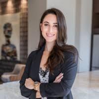 Melanie Thomas - Sales Assistant - Stryker | LinkedIn
