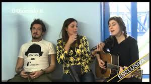 Diana Del Bufalo canta