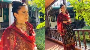 kangana ranaut goes desi as she attends cousin brother s