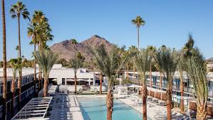 Hotel day passes: Phoenix-area hotels that let you use the pool free