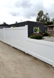 Fence Gallery Los Angeles South Bay Ca Fence Contractor J J Vinyl Fence