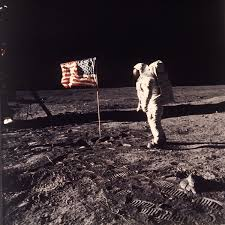 Muere Neil Armstrong, el primer hombre en pisar la Luna - Proceso ...