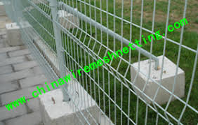 Cement Base Temporary Fence Hebei Boyang Hardware Wire Mesh Products Co Ltd