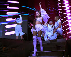how much ariana grande is getting paid