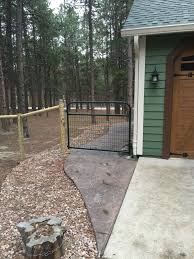 Horse Fence With D Wire Gate Farm Fencing T Post And H Brace Fencing Is Our Most Popular Style Of Farm Fence See Front Yard Fence Backyard Fences Farm Fence