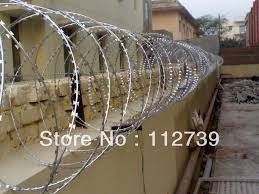 Concertina Coils On The Top Of Chain Link Fence Single Razor Or Cross Razor As Wall Protection Outside Diameter 450mm Coil Stator Fence Structurecoil Gun Aliexpress