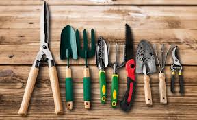 professional gardening tools guide