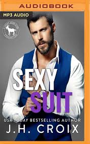 Sexy Suit: A Hero Club Novel: Amazon.ca: Croix, J.H., Club, Hero, Roberts,  Summer, Clarke, Jason: Books