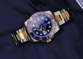 how much gold is in a rolex