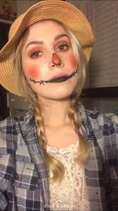 simple scarecrow makeup with heavy