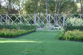The Landscape Designer Is In Elegant Deer Fencing Hamptons Edition Gardenista