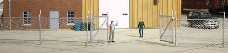 Walthers Chain Link Fence Scale Model Kit Approximately 80 203cm Up To 2 Gates 933 3125