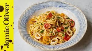 jamie oliver seafood pasta in cream sauce