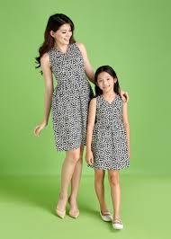Xu hướng diện váy đôi mẹ và bé gái - Jadiny