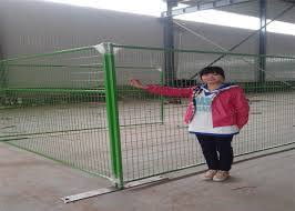 Powder Coated Weld Wire Canada Temporary Removable Fencing Panels 8 X9 5 Height Tubing 1 Profile X 16ga Thick