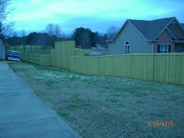 Outside Courtyard Fence Just Inside Property Line Neighbors Driveway Outdoor Structures Courtyard Outdoor