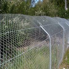 China Direct Factory High Quality Pvc Coated Chain Link Fence Hot Dip Galvanized Used Chain Link Fence Gates In Kenya China Chain Link Fence Pvc Coated Wire Chain Link Fence