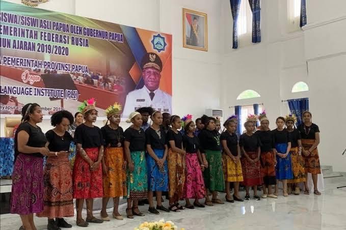 """Hasil gambar untuk Selamat! 26 Pelajar Papua Dapat Beasiswa Ke Luar Negeri"""""""
