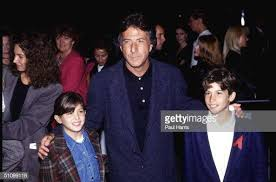 October 1992.Universal City.Dustin Hamilton And Family At The MTV... News  Photo - Getty Images