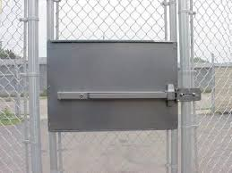 Standard Panic Exit Bar Kit For Chain Link Pedestrian Gate Dac 6030 Silver Mounting Plate Panicexitpro Com