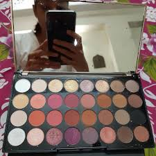 makeup revolution flawless palette