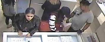 jewelry theft at trumbull mall
