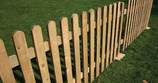 Hire Picket Fencing From Event Hire Uk طاولات روضة In 2019 Picket Fence Panels Fence Panels Fence