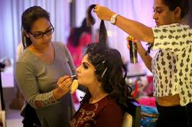 hire bridal makeup artist in mumbai to