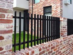 Steel Or Aluminium What S Right For Your Fence Fencemakers