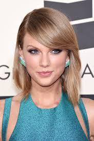 eye makeup to match light blue dress