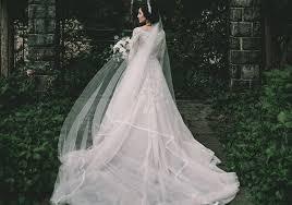 خلفيات عروس مكتوب عليها مؤثرة وراقية Yasmina