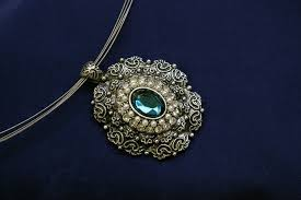 antique jewelry how to tell if your