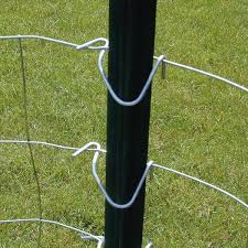 Everbilt 1 3 4 In X 3 1 2 In X 5 Ft Green Steel Fence T Post 901174eb The Home Depot