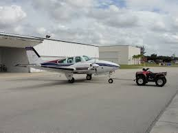 csobeech low cost aircraft tug