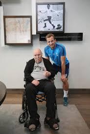 legend Jimmy Greaves tells Harry Kane ...