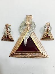 diamond pendant set and earrings