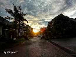 gloomy sunset karenanya kesunyian akan mulai datang ketika