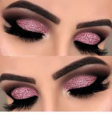 very cute eye makeup with glitter
