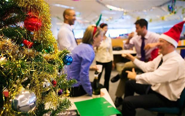 Resultado de imagen para christmas office