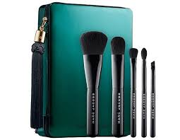 holiday 2016 these pretty brush sets