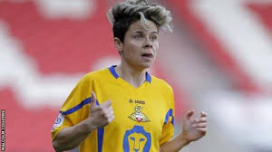 Sue Smith: Doncaster Rovers Belles winger agrees new deal - BBC Sport